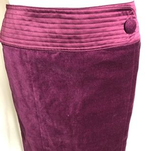 Tadashi knee length velvet  skirt